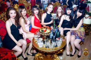 02-Gold-Club